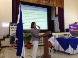 Dra. Gloria Gonzales
